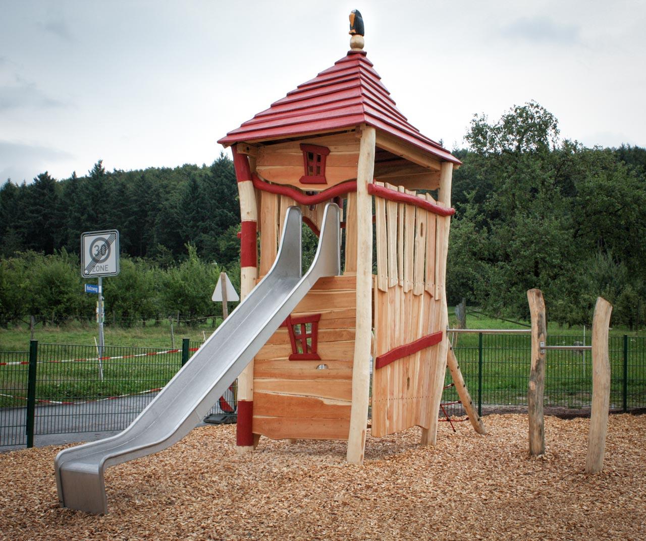 A 101 Spielturm