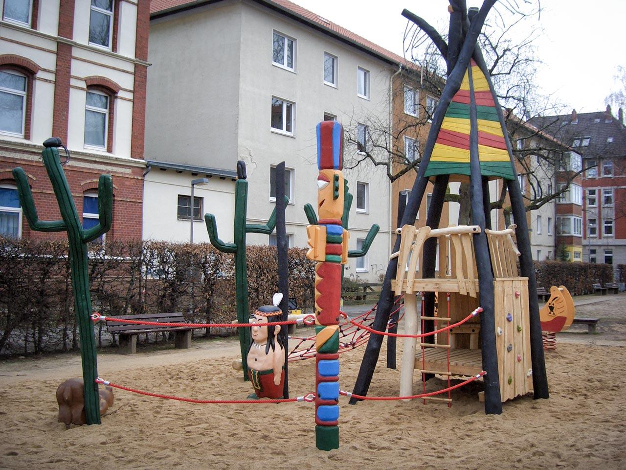 A 144 Themenspielplatz Indianerdorf