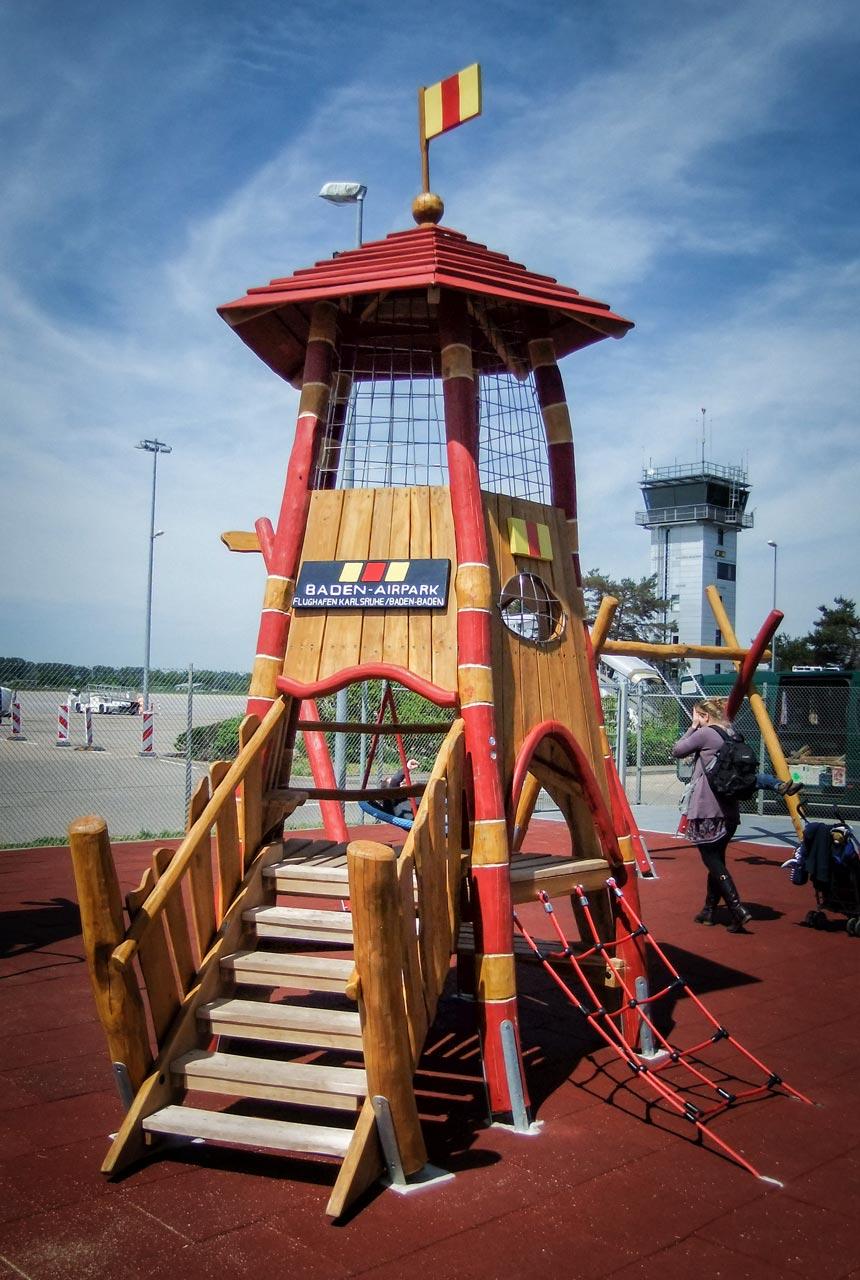 A 156 Spielanlage Flughafen Tower