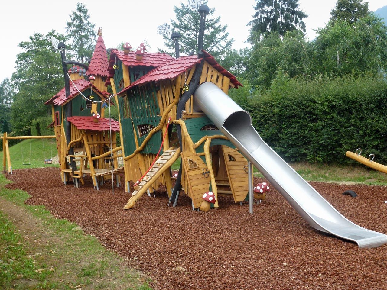 A 160 Themenspielplatz Heim der Waldkobolde