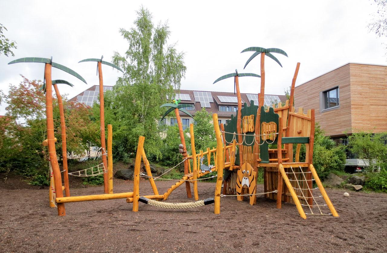 A 181 Themenspielplatz Dschungelburg