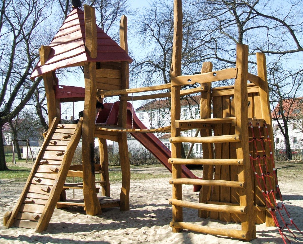 A 45 Spielplatz aus Holz