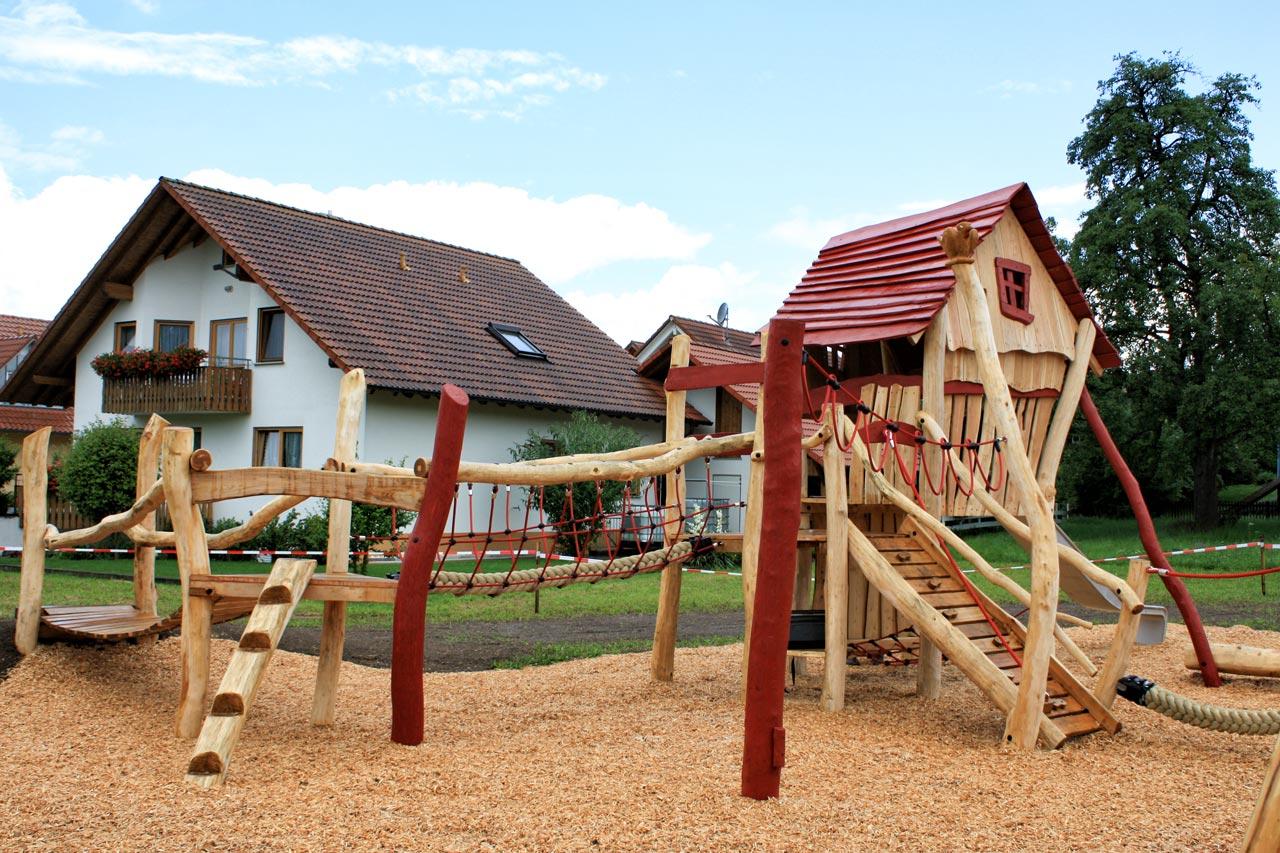 A 52 Spielplatz Bauernhof