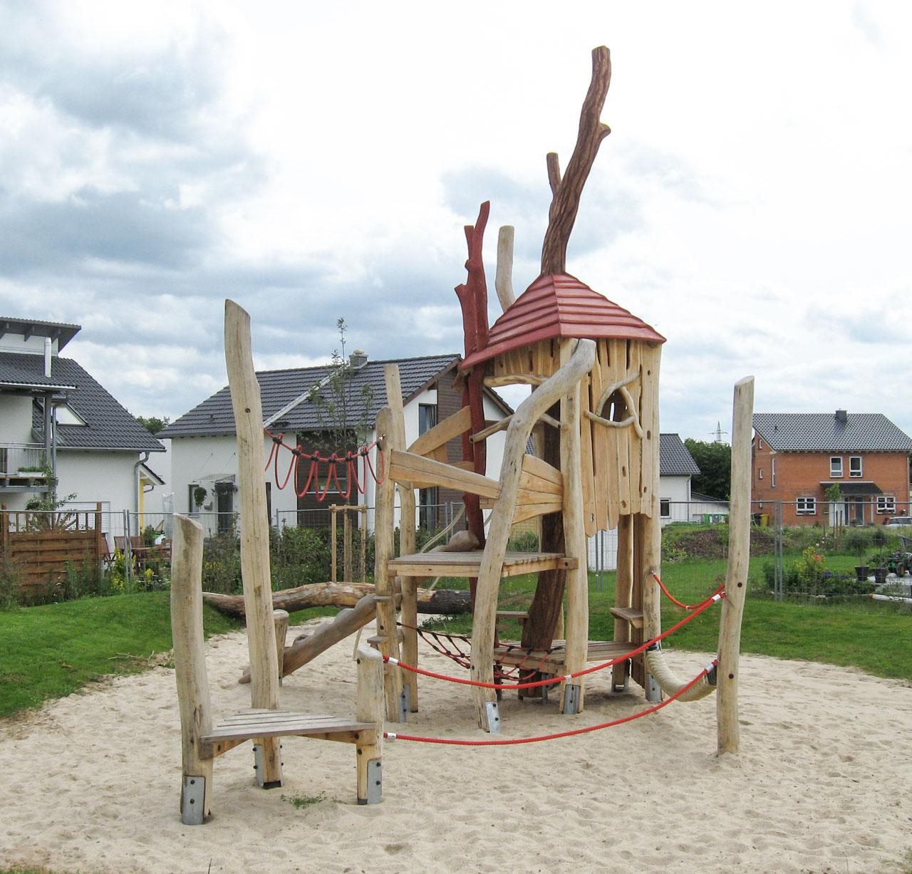 A 53 Spielanlage aus Holz