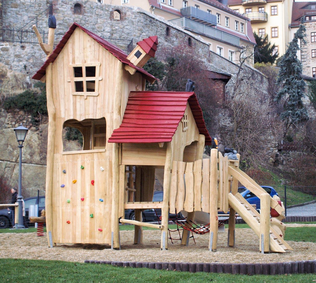 A 71 Spielplatz Hexenhaus