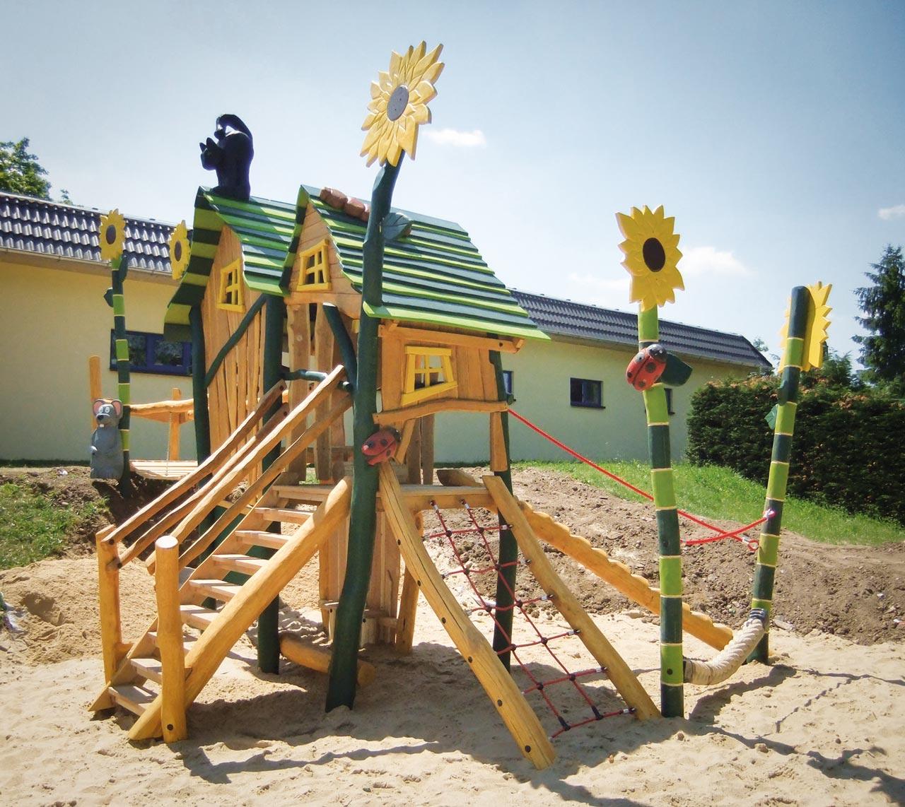 A 92 Spielplatz Zwergenvilla