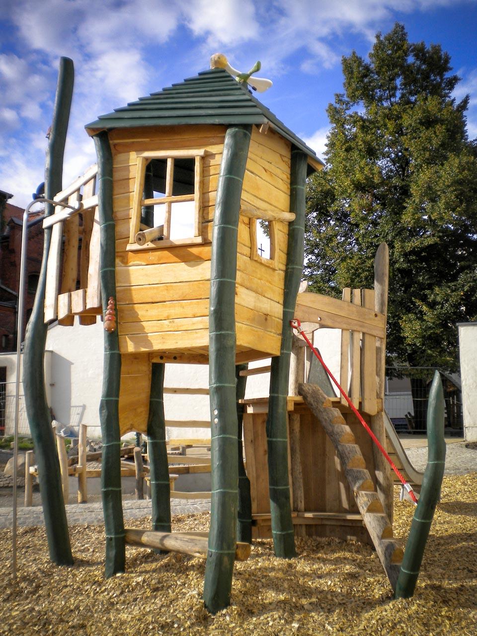A 96 Spielturm Gräserturm