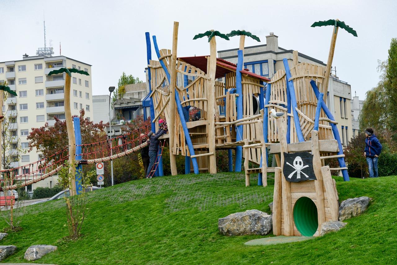 Spielplatz Bergholz Wil, Schweiz