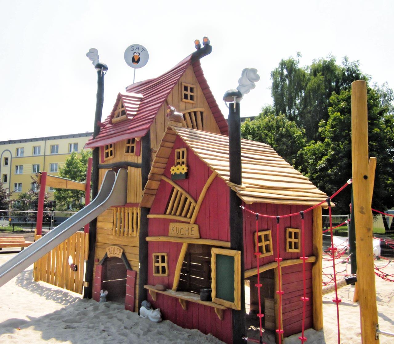 C 157 Spielhaus Kinderwohnung