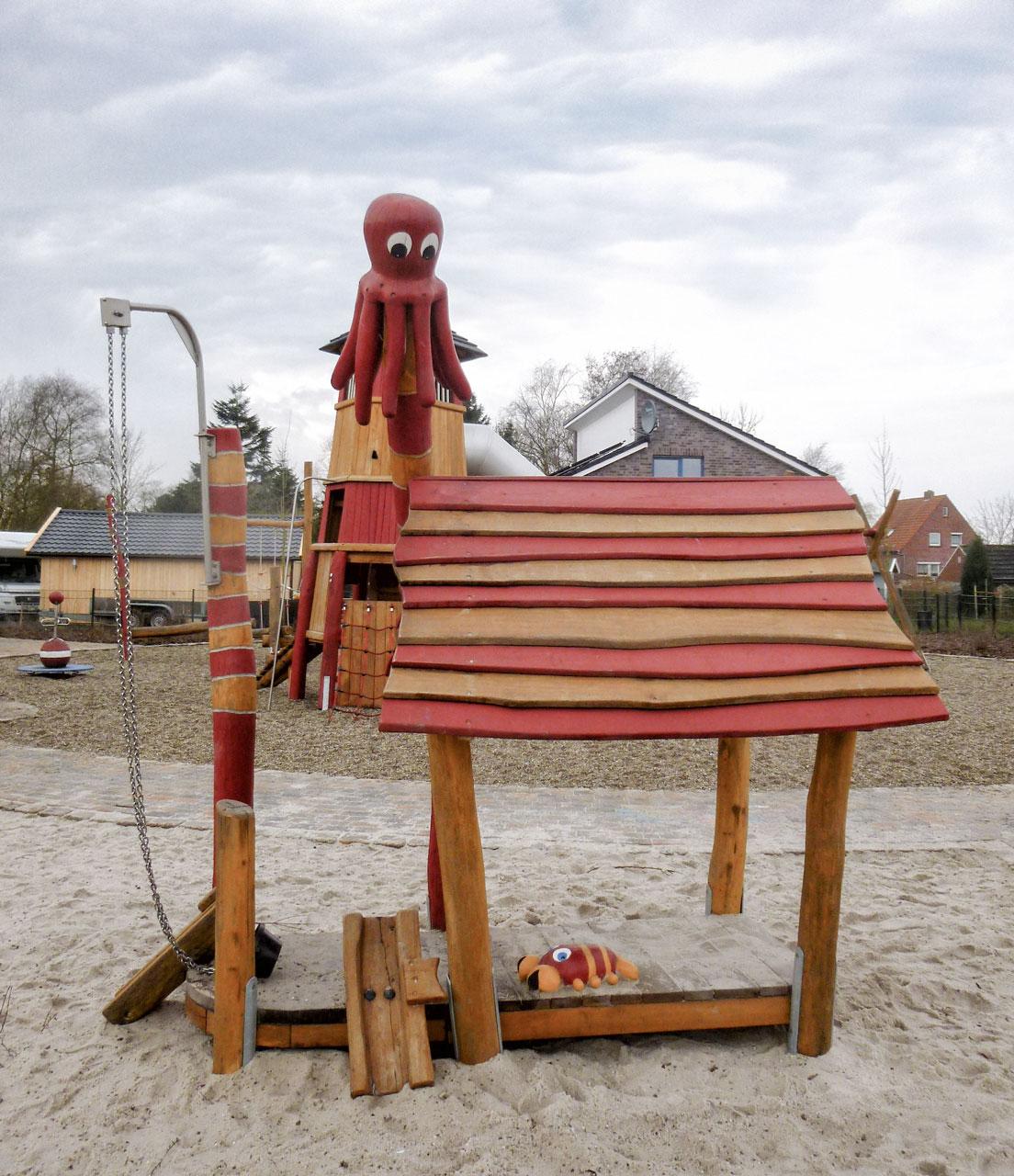 C 166 Spielhaus Sandspiel mit Krake