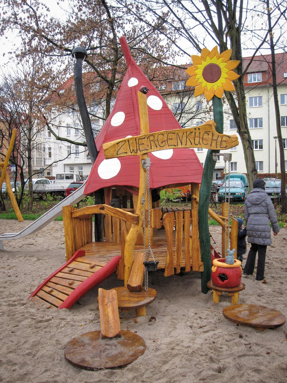 C 86 Spielhaus Zwergenküche