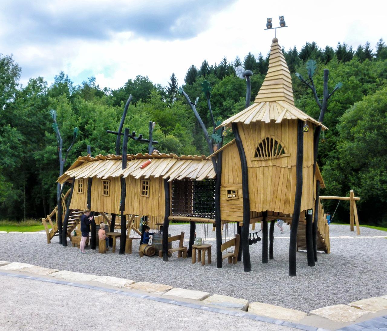Druidendorf, Nonnweiler FZZ Petersberg, Themenspielplatz Druiden