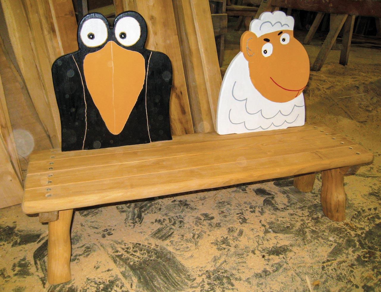 G 15 Sitzbank Kinder mit Rabe und Schaf
