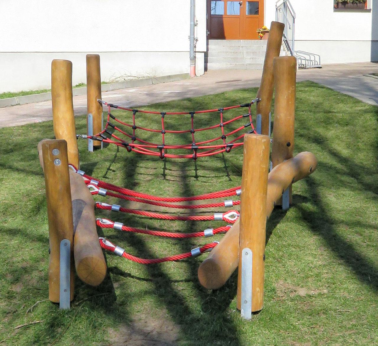 H 32 Seilaufstieg mit Netz