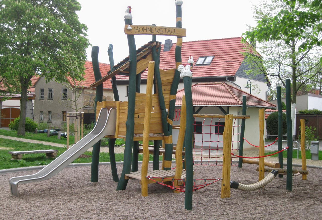 I 63 Kletteranlage Hühnerstall