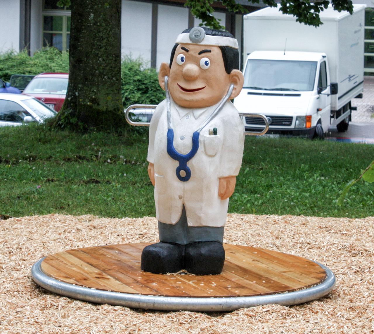K 17 Karussell Arzt Doktor Lustig