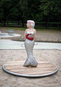 K 26 Karussell Meerjungfrau