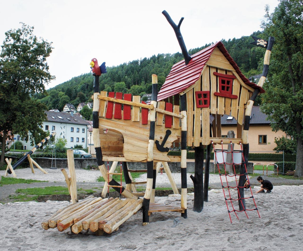 L 35 Schatzinsel Spielplatz