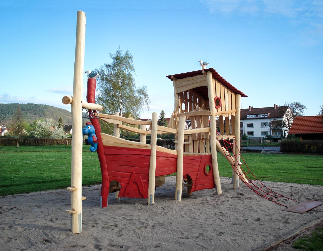 L 42 Piratenschiff Holz