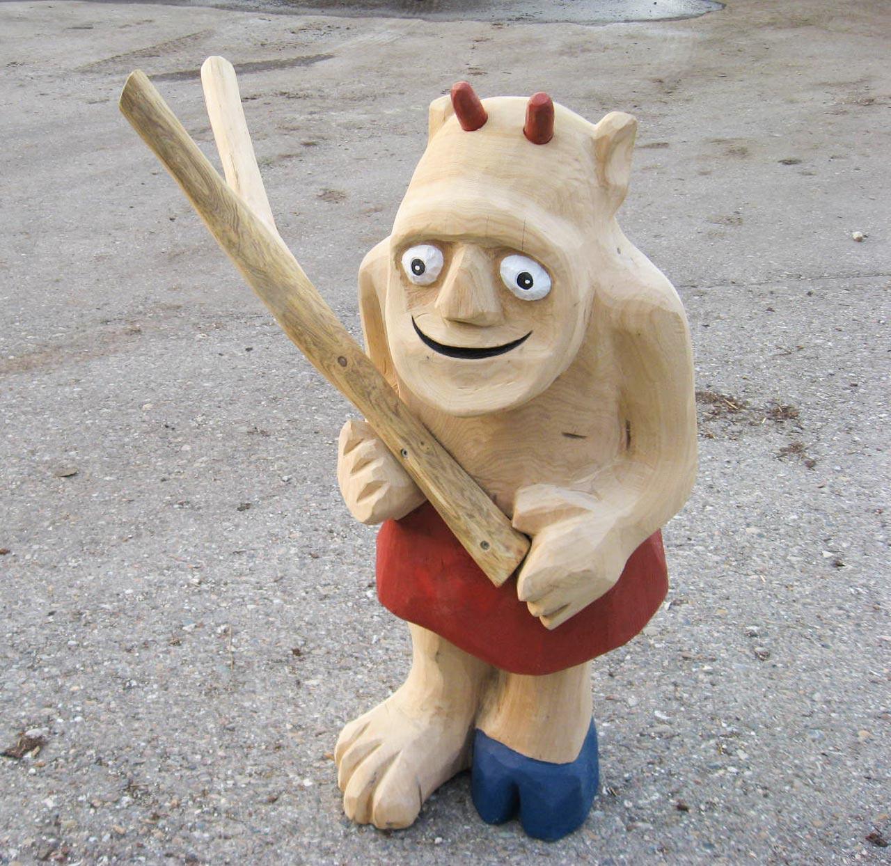 N 0-10 Skulptur Troll