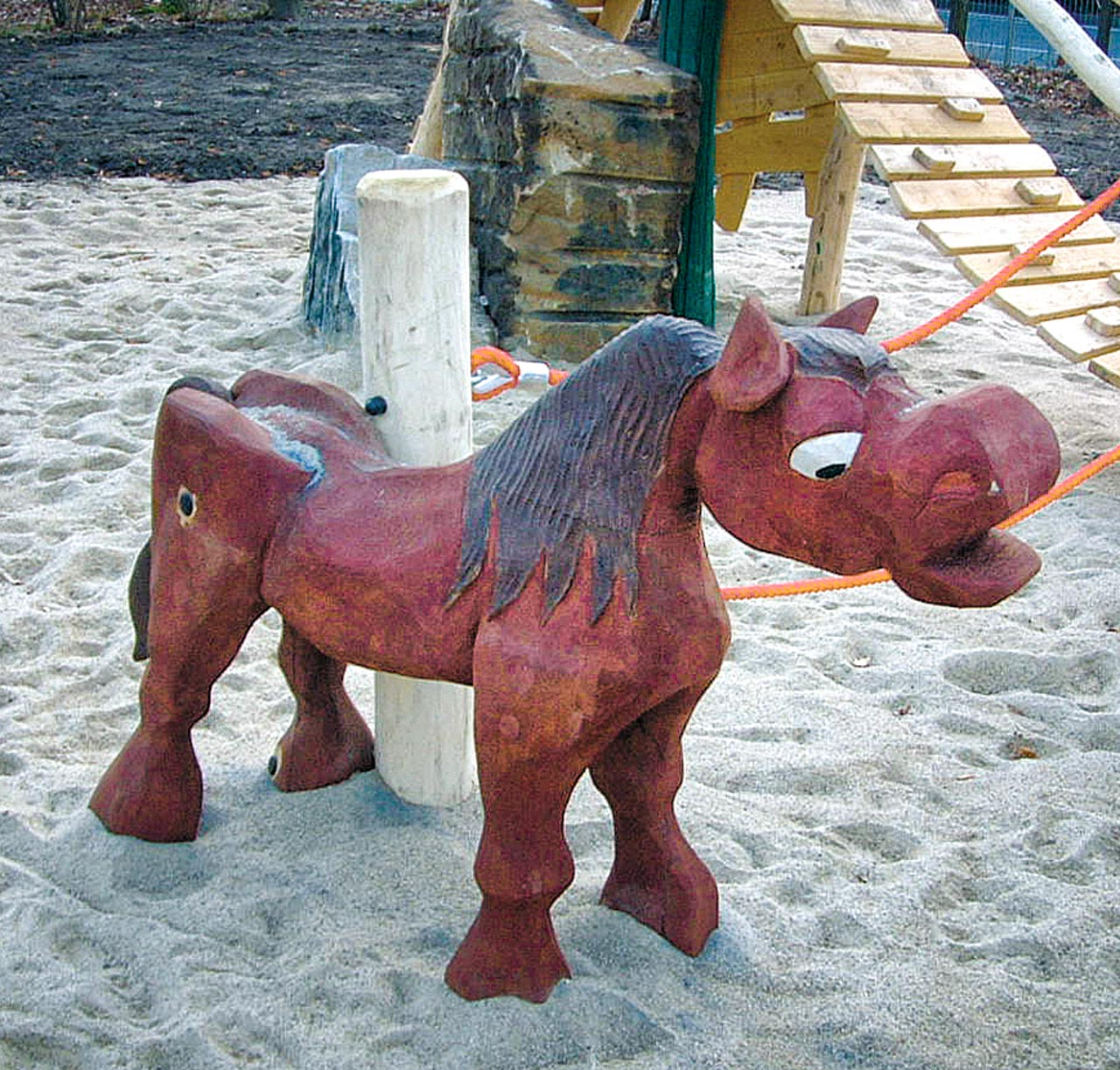 N 0-13 Skulptur Pferd