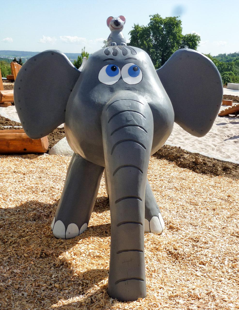 N 102 Skulptur Elefant | Ollifant
