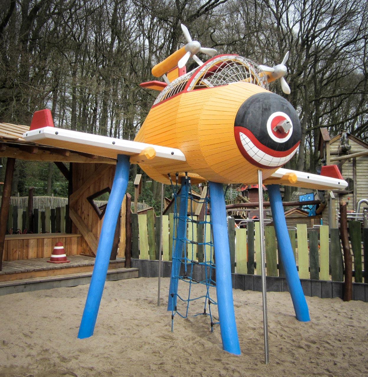 N 106 Löschflugzeug Spielgerät