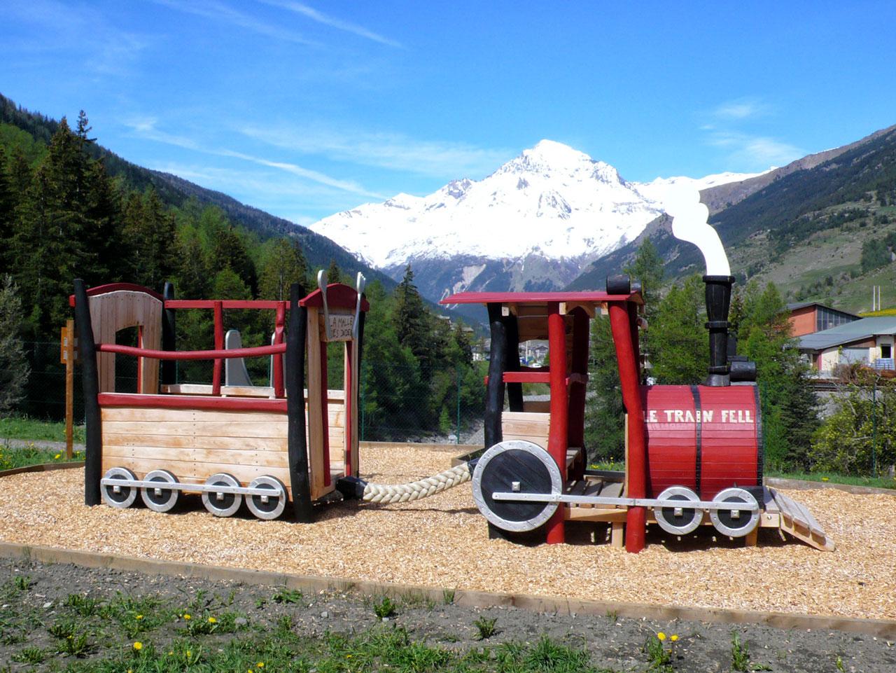 N 127 Spielgerät Eisenbahn - Bimmelbahn