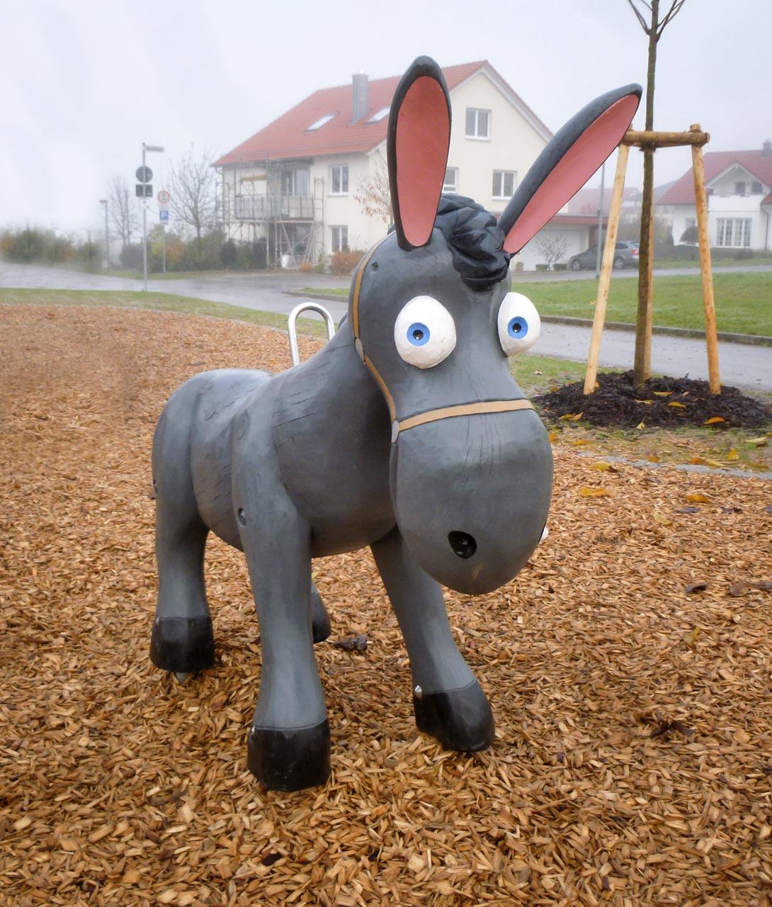 N 133 Skulptur Esel | Eseljunge Wotan