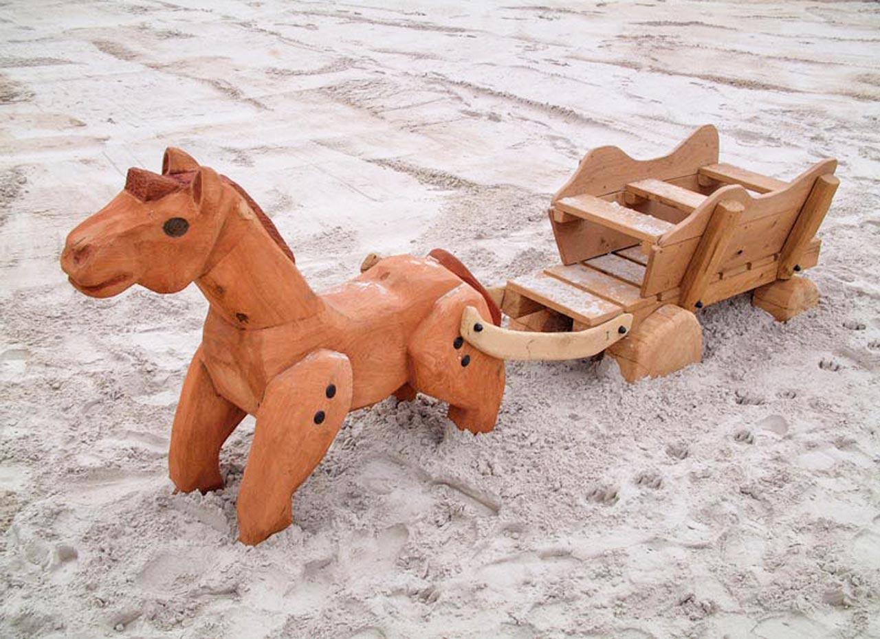 N 2-4 Skulptur Pferd mit Wagen