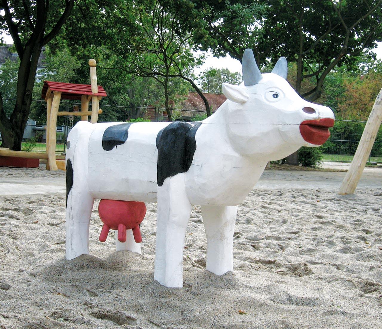 N 38 Skulptur Kuh Else