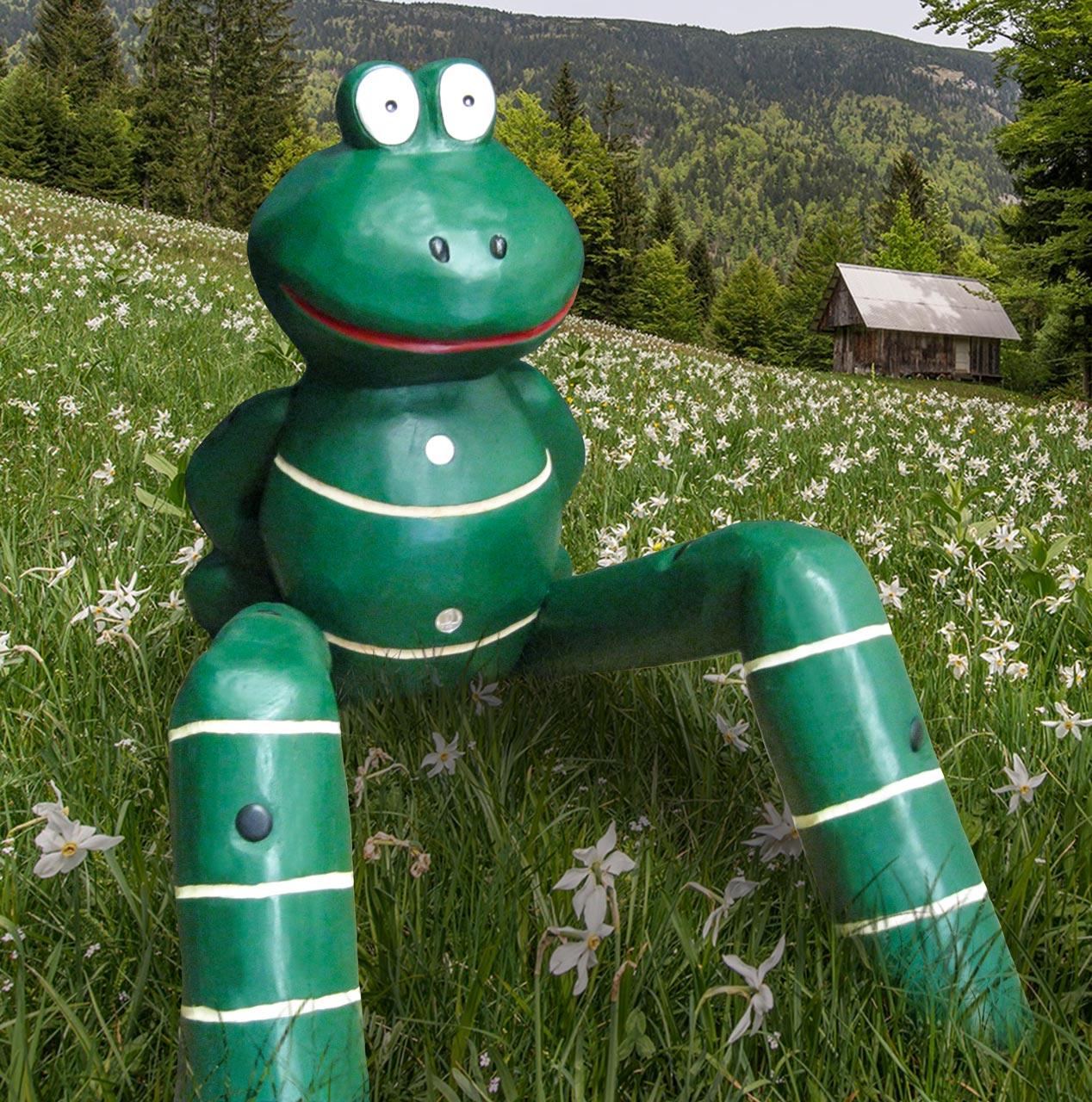 N 60 Skulptur sitzender Frosch