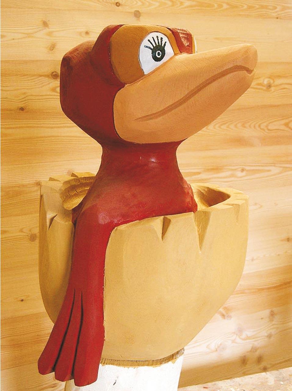 N 92 Skulptur Vogelbaby