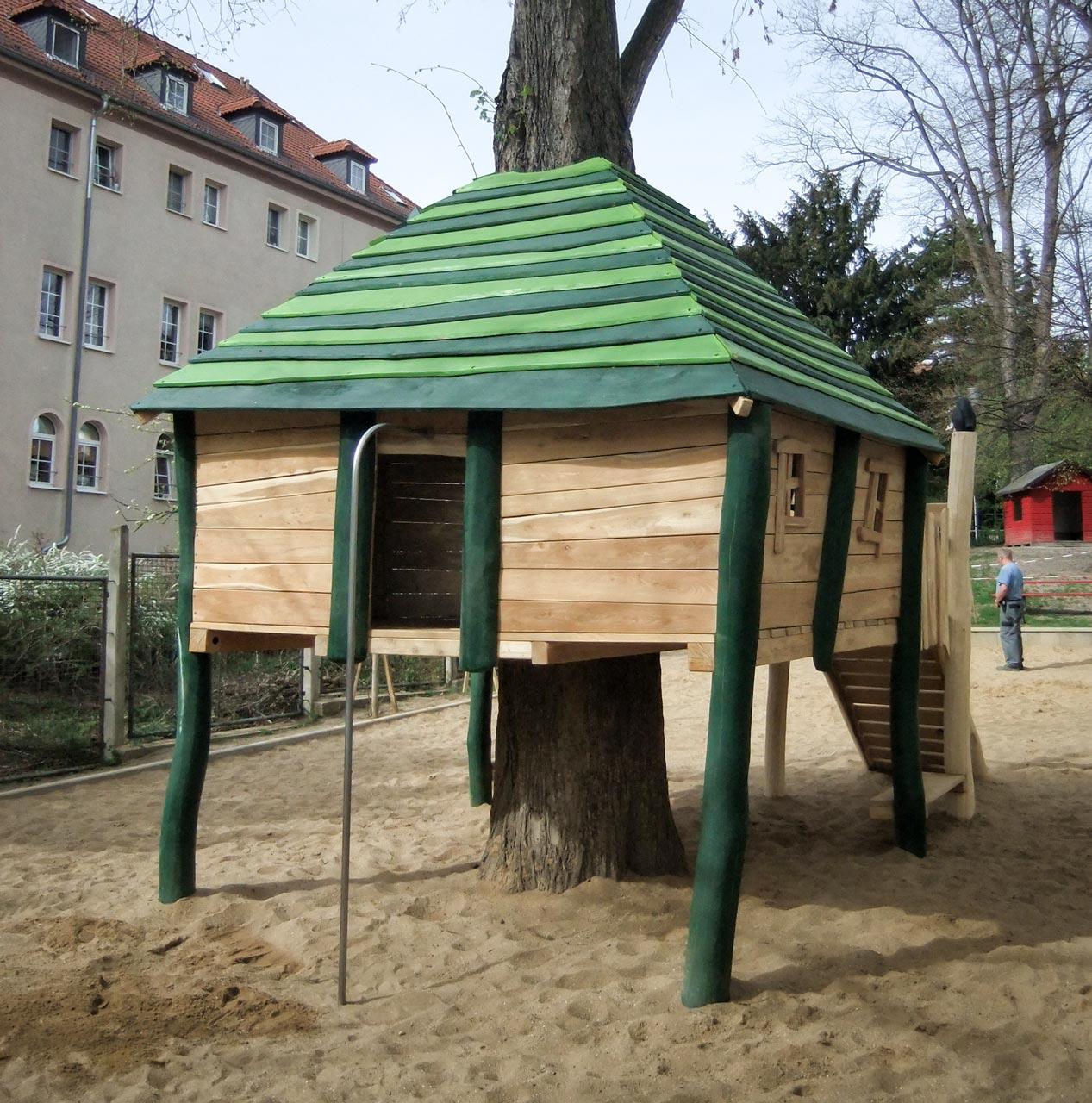 O 44 Baumhaus Jena
