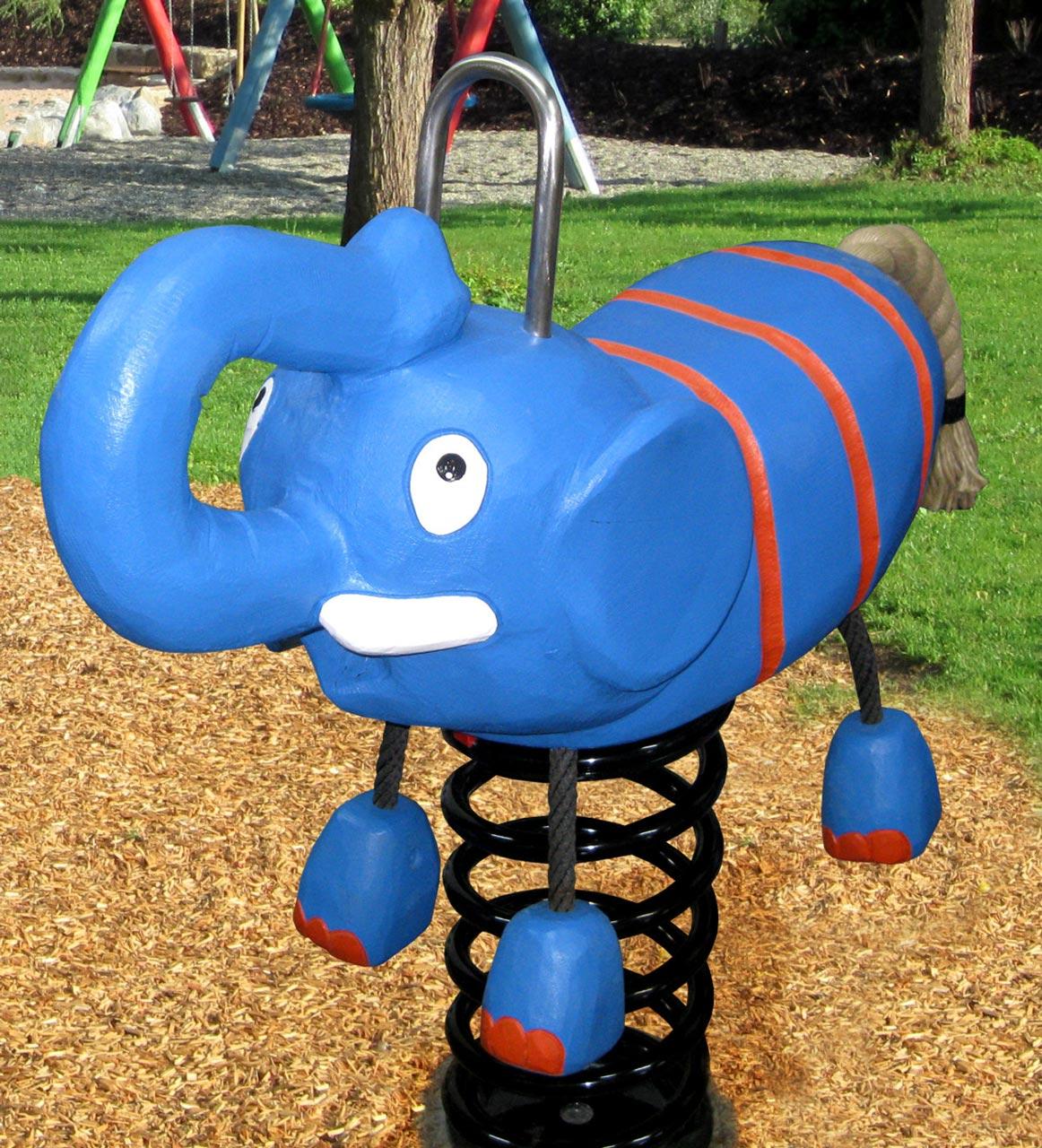 P 158 Federwipper Elefant | Wackelelefant
