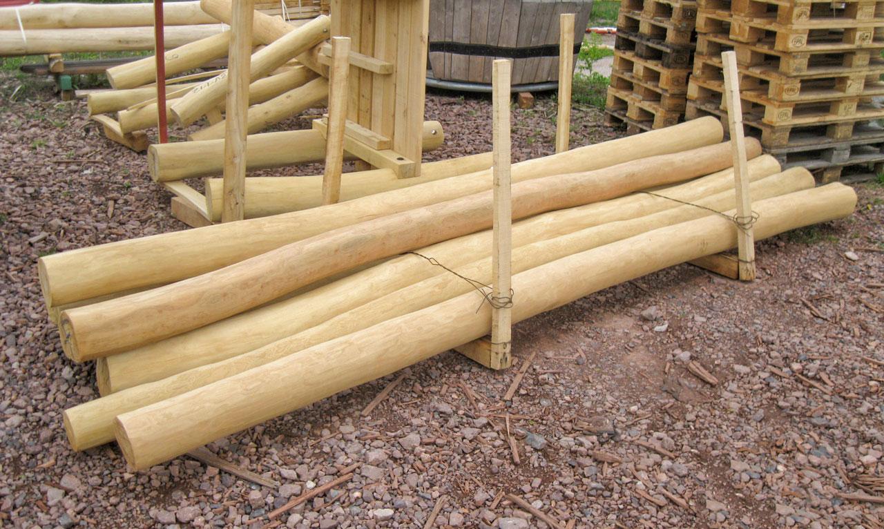 Womit wir bauen - Spielgeräte und Spielplätze aus splintfreier Robinie und Eiche