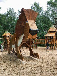 Simba Land Borås Djurpark, Schweden, Themenspielplatz Simba, Löwe