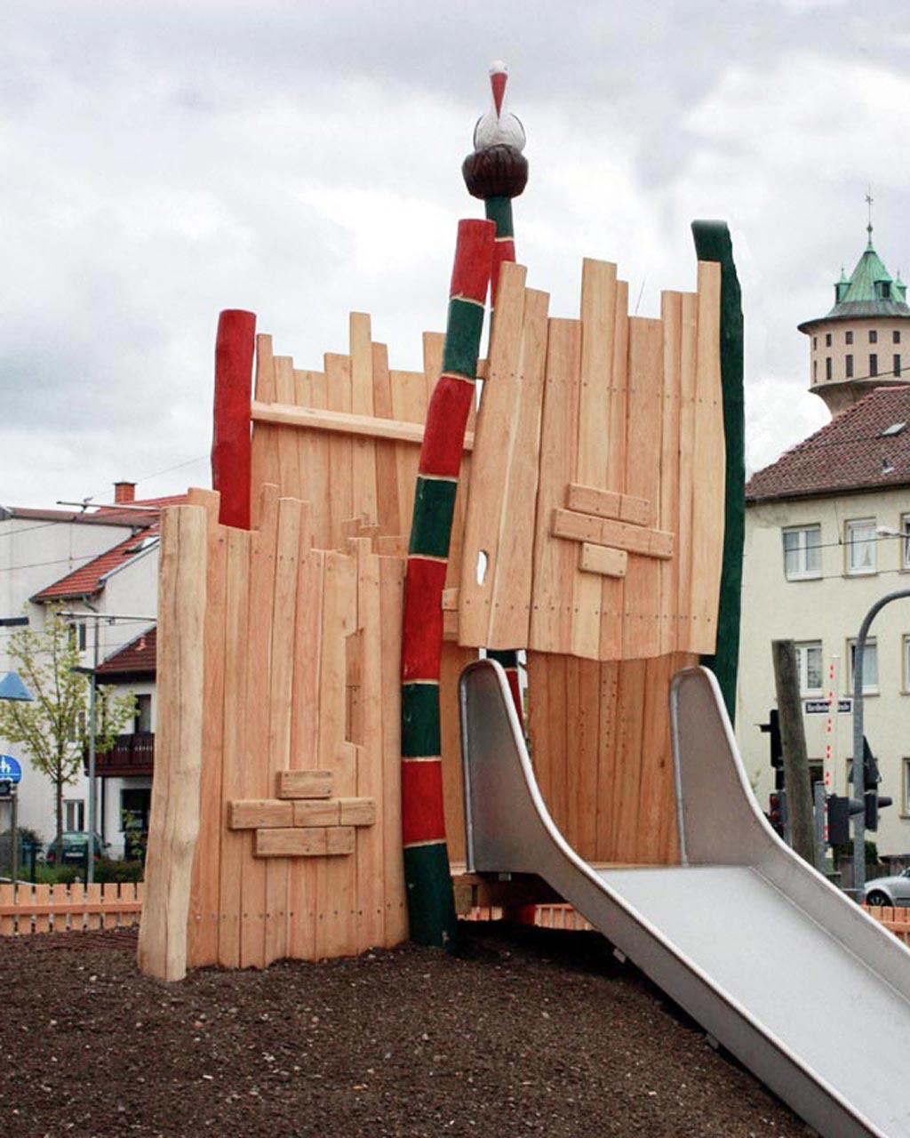 T 50 Burgturm Mannheim mit Storchennest